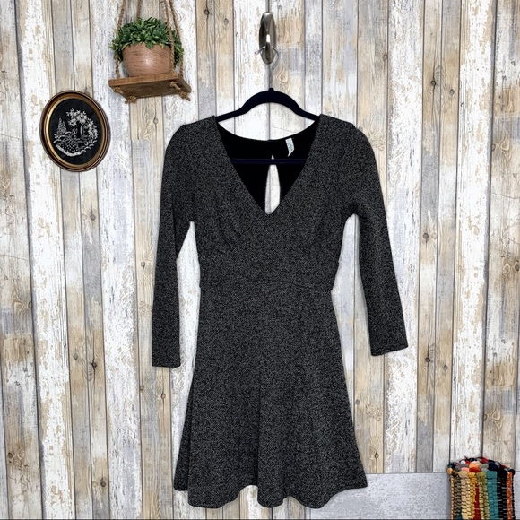 Free People Dresses & Skirts - Free People Heartstopper Tweed Keyhole Dress
